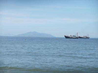 邊疆島填海建屋 港媒:天馬行空
