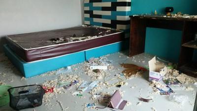 房東登門傻爆眼 惡搞租屋處如被轟炸