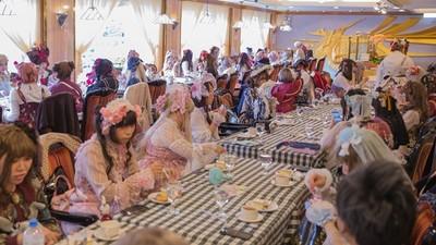 台日合作「蘿莉塔茶會」走秀出變身夢想 連洋裝都有手遊合作