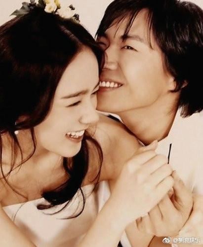 ▲延政勳和韓佳人結婚14年,育有一女在熙。(圖/翻攝自微博/新浪娛樂)