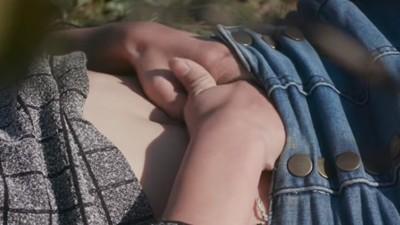 「初夜沒有落紅」男友翻臉走人 女導演把第一次拍成電影:我傷害很大