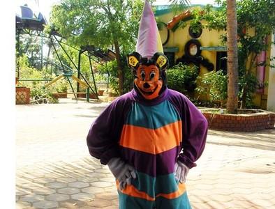 印度山寨迪士尼像是「恐怖屋」
