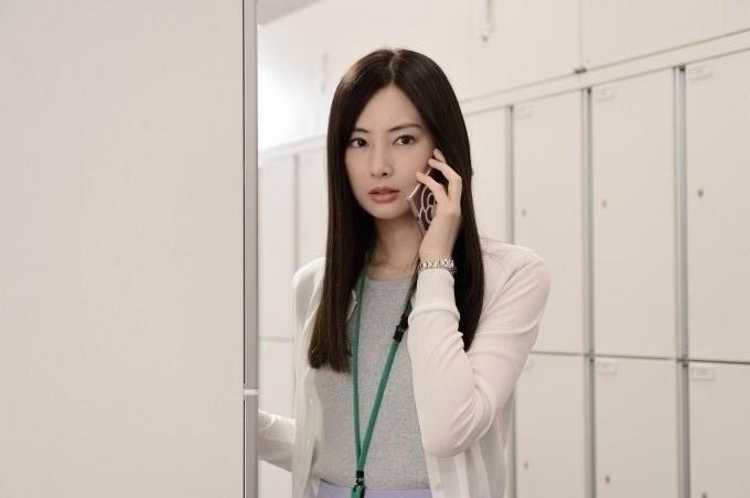 ▲▼《原本以為只是手機掉了》北川景子私照外洩。(圖/車庫娛樂 提供)