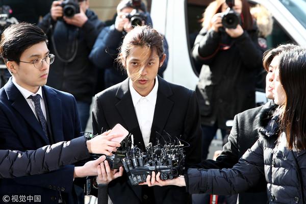 ▲▼鄭俊英14日前往首爾地方警察廳接受調查。(圖/CFP)