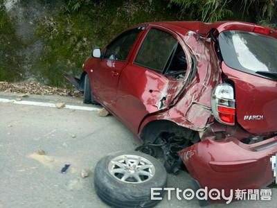 苗栗泰安落石砸車 女駕駛撞山壁
