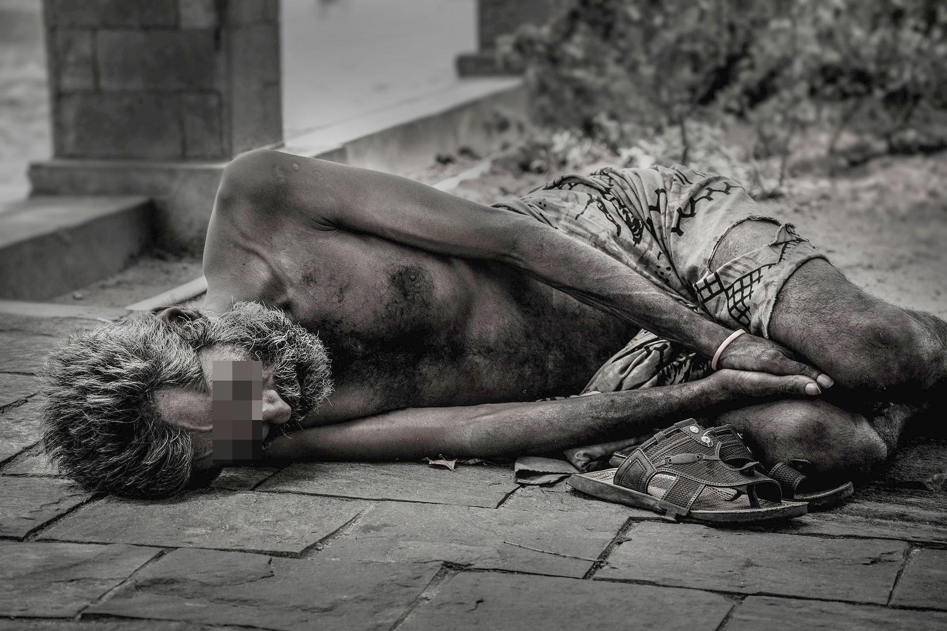 ▲流浪漢,街友,窮困,貧窮 。(圖/取自免費圖庫Pixabay)