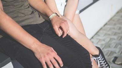 第一次約會「總結三張A4改善要求」!女大生網戀宅男,被嫌不夠完美