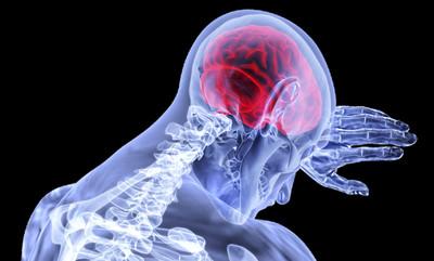 撞到頭不能掉以輕心!醫學專家表示:過幾天可能就掛了