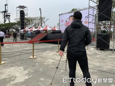 謝龍介陣營要清空舞台 警攝影機遭移位