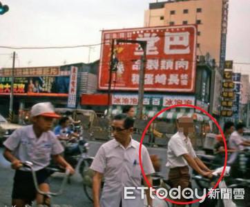 35年高雄舊照驚見韓國瑜 網:這麼早就來探民情