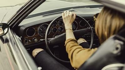 行駛中異常緊張!33年駕駛老手「左右轉分不清」就醫才知罹患失智