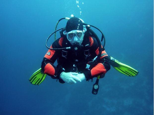 ▲不要在網路上潛水啦!出來潛吧!。(圖/阿雜提供,請勿隨意翻拍,以免侵權。)