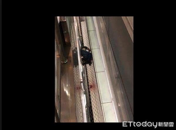 快訊/桃園機場深夜驚傳1男1女從手扶梯墜落 目擊者驚恐:滿地是血