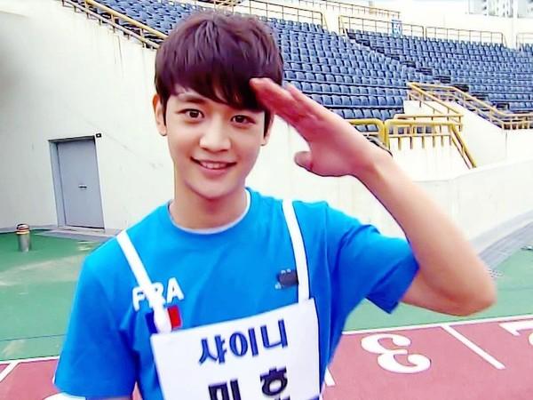 ▲▼珉豪是南韓演藝圈著名的「體育偶像」。(圖/翻攝自韓網)