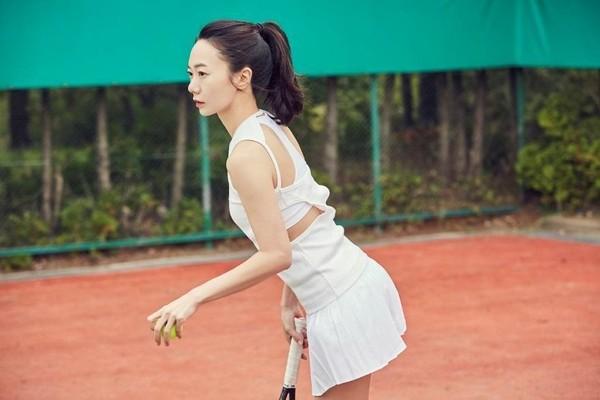 在「Love Set」單元中,裴斗娜一派輕鬆自在。(韓國Netflix提供)