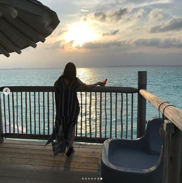 ▲▼林依晨19日在IG曬出度假照,罕見穿上比基尼身材超好。(圖/翻攝自IG/林依晨)