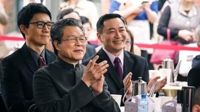 「怕被封殺」差點找不齊演員!《國際橋牌社》演出台灣民主化 導演:世界角力都在這