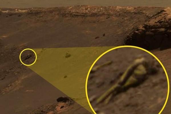"""古文明遗迹?火星上惊见清晰""""人形雕像""""!"""