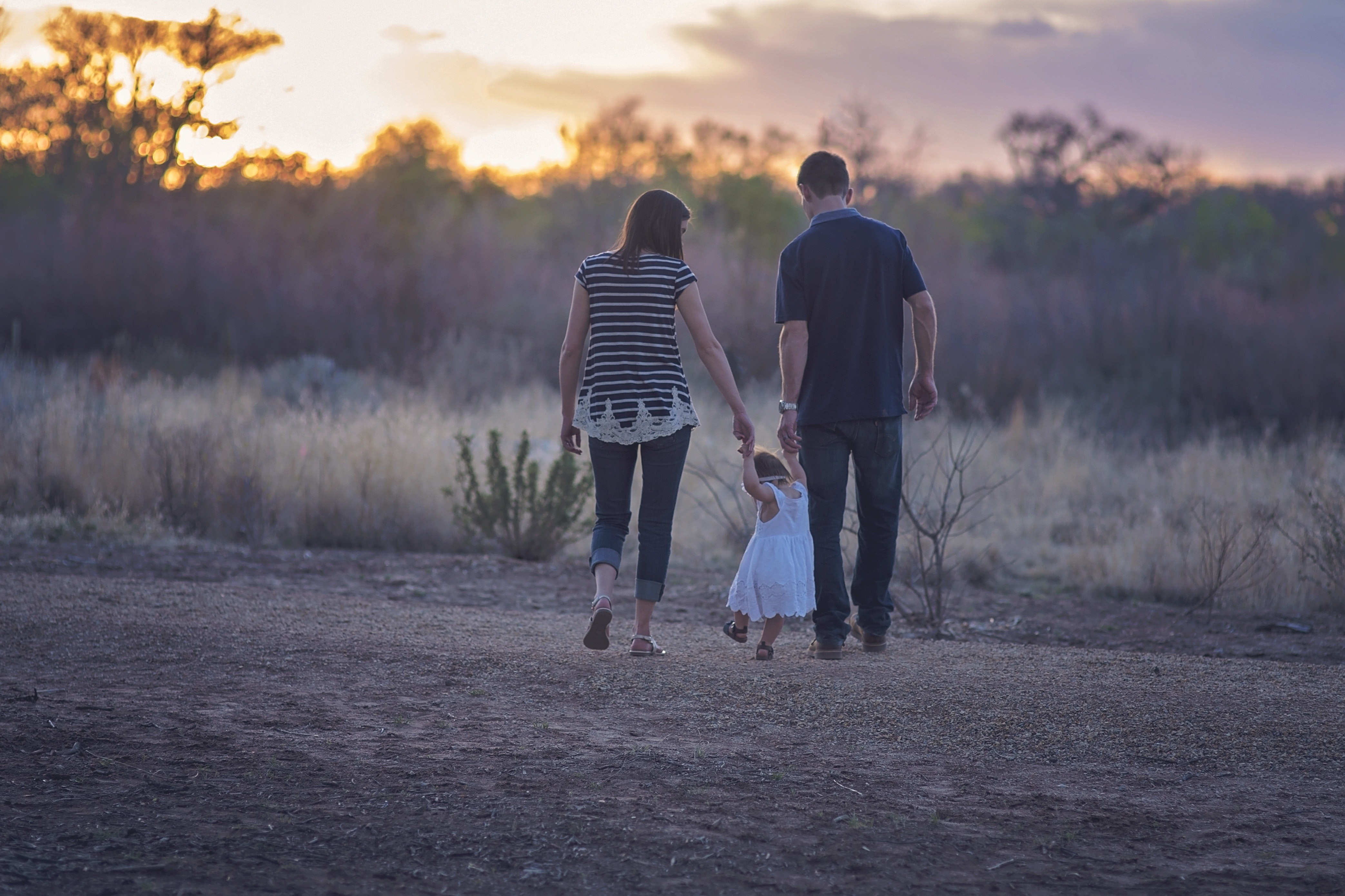 ▲全家福,一家人,家人,親子,夫妻。(圖/取自免費圖庫Pexels)