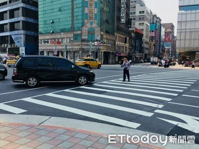 車輛進斑馬線3米內不能有行人 58路口大執法