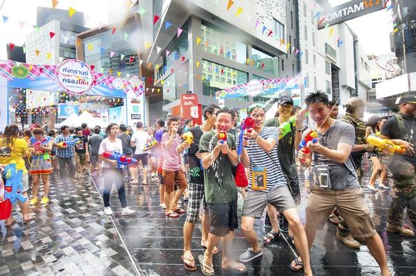 ▲泰國潑水節。(圖/泰國觀光局)