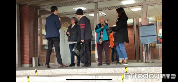 惡媳「凍刑」虐死97歲公公 母淚灑法庭:都是我的錯叫她不要吃藥