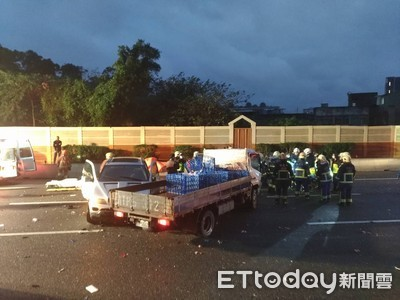 國三中和段清晨連2起車禍 6車撞爛5人傷