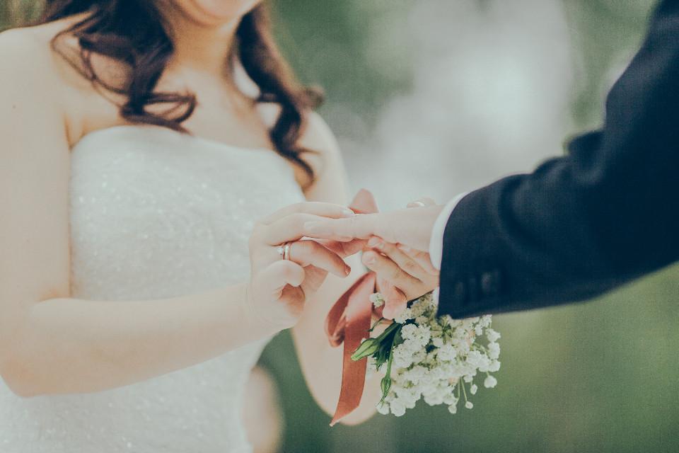 ▲▼結婚。(示意圖/取自免費圖庫Stocksnap)