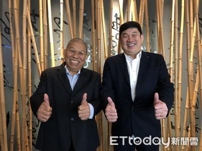 他們養的雞聽莫札特長大 華僑兄弟檔翻身新加坡最大品牌雞供應商