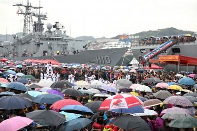 敦睦支隊抵基隆吸逾3萬參觀人次