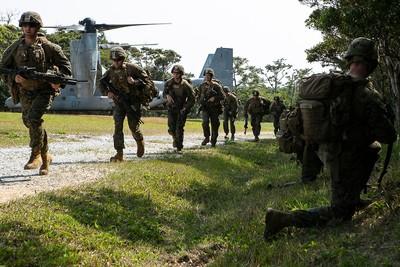 美國南海備戰 三軍合練奪島戰術