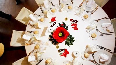 叔辦全素婚宴娶兒媳 憨厚爸「吃葷被趕下主桌」…他憤:主桌全是「道友」