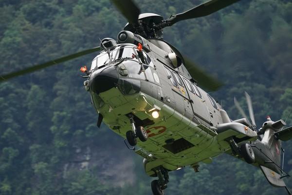 操作無人機「看熱鬧」慘撞警用直升機 他面臨1年有期徒刑