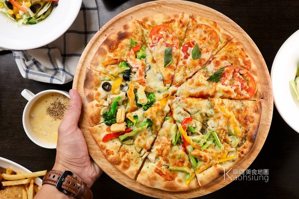 ▲▼Double Cheese手工窯烤Pizza。(圖/高雄美食地圖提供)