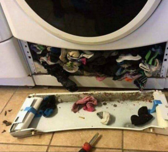 洗衣機吃襪子是真的!她驚見襪子山傻眼