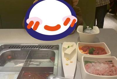 她獨自吃海底撈 店員提供「飯友陪吃」