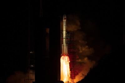 大陸成功發射「天鏈二號01星」