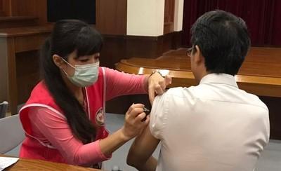 桃園流感疫苗 市民月底前免費接種