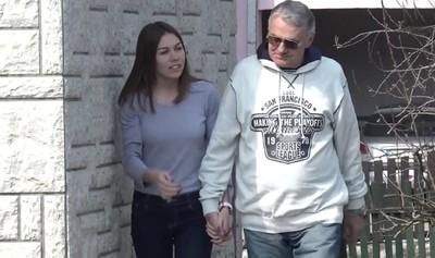 嫩妹愛上爺爺「53歲超齡戀」最愛被打屁屁