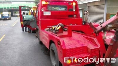 休旅車被拖吊 台南女見「滿桌子的字」:快笑死