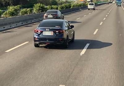 大車開國道見轎車跑過去:發生何事 真相曝