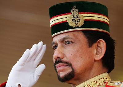 亂石砸同志!印尼、大馬將跟進?