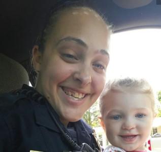 她床戰主管4小時 留女兒在車上「悶成人乾」