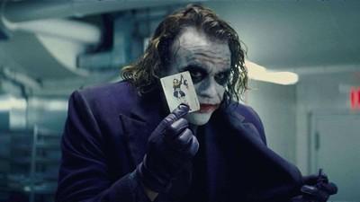 蝙蝠俠80歲啦!《黑暗騎士》三部曲經典10台詞 小丑這句毛到骨子裡
