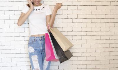 銀行調查 百貨消費男性平均刷卡金較高