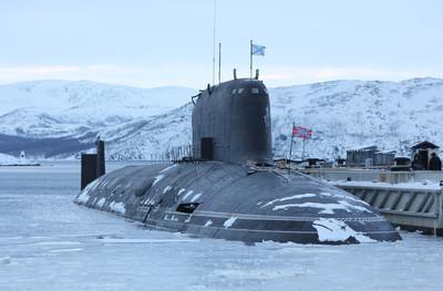 俄北德文斯克號碼頭原地「射導彈」