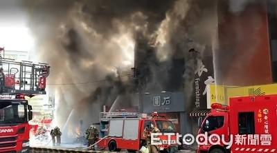 火場二樓「轟」一聲 南市火警延燒5店面