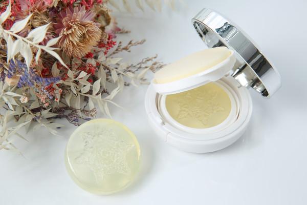 什么!?洗脸就能保养 敏感肌也适用的洗面皂