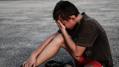 男孩愛哭=弱雞?傳統「有淚不輕彈」教育 才是害了男性情緒發展