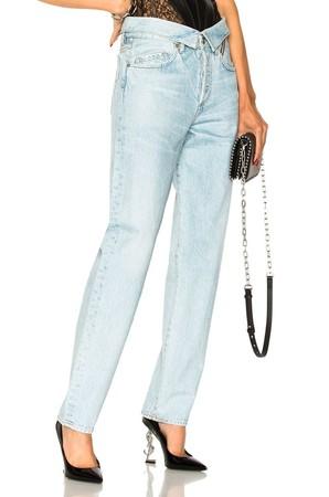 ▲妈妈牛仔裤  。(图/ELLE提供; 翻摄自The Lobby Observer、Pinterest)